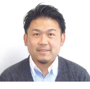 税理士・秋本